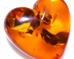 18 Cts Lovers Heart Natural  Amber from Poland  code CCC2868
