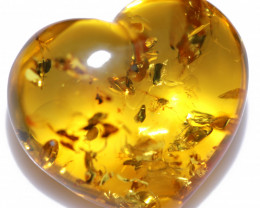 22 Cts Lovers Heart Natural  Amber from Poland  code CCC2880