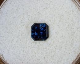 1,00ct dark blue to light blue colour shift Sapphire - Master cut!
