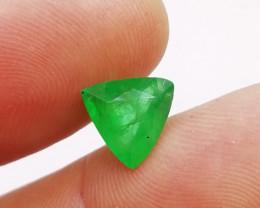 2.65cts Vivid Colombian  Emerald , 100% Natural Gemstone