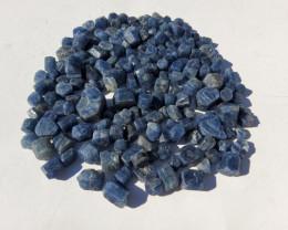 BLUE SAPHIRE ROUGH   LOT