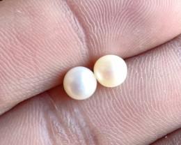 Natural Fresh Water Pearl Gemstone Pair VA5482