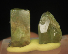 Wow Rare Green Sphene Crystal Lot From Pakistan