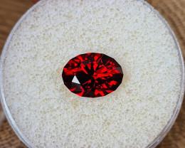 4,50ct Malaya Garnet - Master cut & AAA colour!