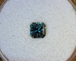 0,98ct teal blue to green colour change Sapphire - Master cut