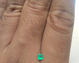 Certified Colombian emerald from Muzo 0.23 cts