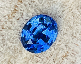 1.10 ct  Royal blue sapphire certified.