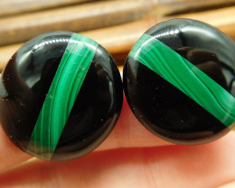 Round malachite earring stud pair (8)