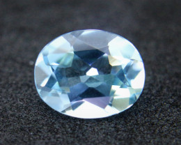 3.10cts Natural Sky Topaz      Oval Cut