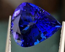 5.38 ct Vivid BlueTanzanite With Excellent Luster And Fine Cutting  Gemston