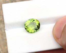 2.60 Ct Natural Green Transparent Peridot Gemstone