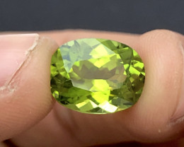 Parrot Apple Green color 5 Ct Natural Oval Cut Top Quality Peridot