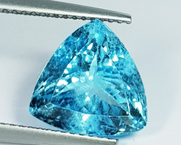 7.86 ct Top Quality Gem Excellent Trillion Cut Top Luster Blue Topaz