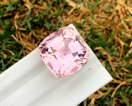 44.05Carats Pink Color Kunzite Gemstone