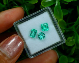 1.38Ct VVS Colombian Muzo Emerald Neon Mint Green Beryl Lot A2611
