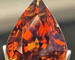 14.88ct VVS Zircon  UNHEATED  Orangy Red  Tanzania 14.8 x 11.7mm