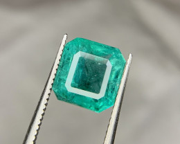 Certified 3.46 carat Natural Emerald Gemstone.
