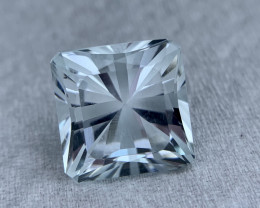 6.75 carat Fancy Cut Natural Aquamarine Gemstone.