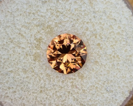 3,52ct Copper coloured Zircon - Master cut!