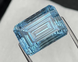 23.32 Cts Master Cut Top Quality Natural Blue Topaz Eye Clean