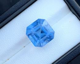 Presenting 11.80 Carats Classic Santa Maria Color Aquamarine Gemstone