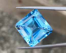 22.80 cts Natural Sky Blue Topaz beautiful Cutting