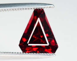 Good Luster 2.55  ct Vivid Red Color Garnet Jewelry Piece