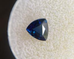 FINE Deep Royal Blue Australian Sapphire 1.27ct Triangle Trillion Cut Gem 6
