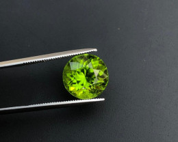 AAA Color & Cut 6.60 ct Himalayan Peridot ~ Pakistan