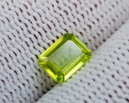 0.72CT SPHENE COLOR CHANGE BEST QUALITY GEMSTONE IIGC40