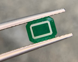 1.10 carat Natural Emerald Gemstone.