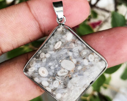 52.100 CT JASPER MAIFAN 100% NATURAL UNHEATED PENDANT