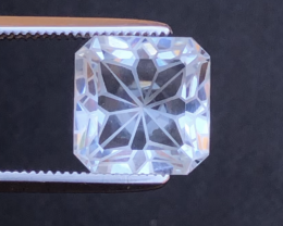 Aquamarine 3.05 Ct Beautiful Flower Cut 100% Natural