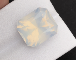 Moonstone Top Quality 13.35 ct Natural Moonstone Pink Color Moonstone