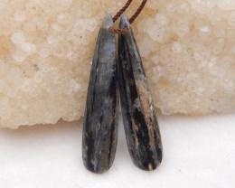 25cts blue kyanite earrings ,natural kyanite earrings ,healing stone D1208