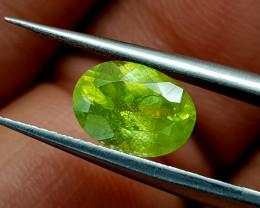 1.62Crt Sphene Color Change Natural Gemstones JI39