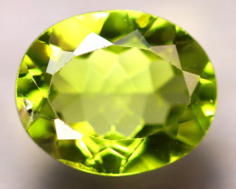Peridot 2.24Ct Natural Pakistan Himalayan Green Peridot D2318/A10