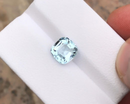 1.95 Ct Natural Blueish Transparent Aquamarine Gemstone
