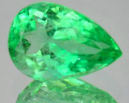 0.87Cts Natural Vivid Green Emerald Pear Cut Colombia