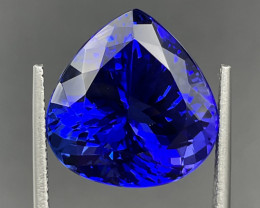 20.20 CT Tanzanite Gemstone top color with fine cutting
