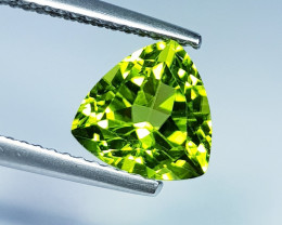 2.40 ct  Top Quality Gem  Triangle Cut Top Luster Natural Peridot