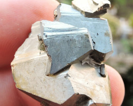 19.22g PYRITE SPECIMEN FROM THE MADAN ORE FIELD IN BULGARIA