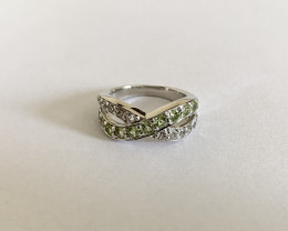 Peridot and White Topaz 925 Sterling silver ring #9517