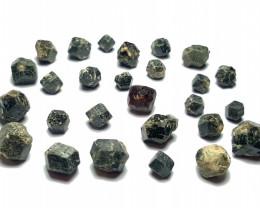 Amazing Natural Black Color Garnet Crystals Parcel 100Cts GL/1