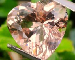 3.20 Cts Stunning natural peach pink morganite heart shape