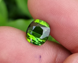 UNTREATED 2.45 CTS STUNNING VVS TOP PARROT GREEN TOURMALINE MOZAMBIQUE