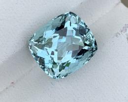 6 carat Brazilian Natural Aquamarine gemstone.