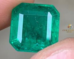 Certified Vivid Green Emerald from Zambia