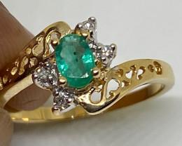 (12) Precious Nat 0.49tcw. Green Oval Emerald and Diamond 14K Yellow Gold R