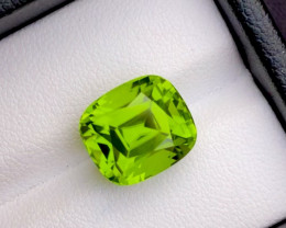 8.45Ct Peridot Huge Size Parrot Green Color Natural Step Cushion Cut Top Q